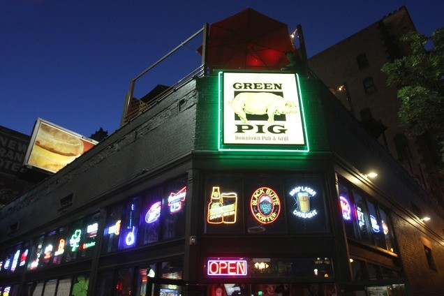 the-green-pig-best-bars-in-salt-lake-city
