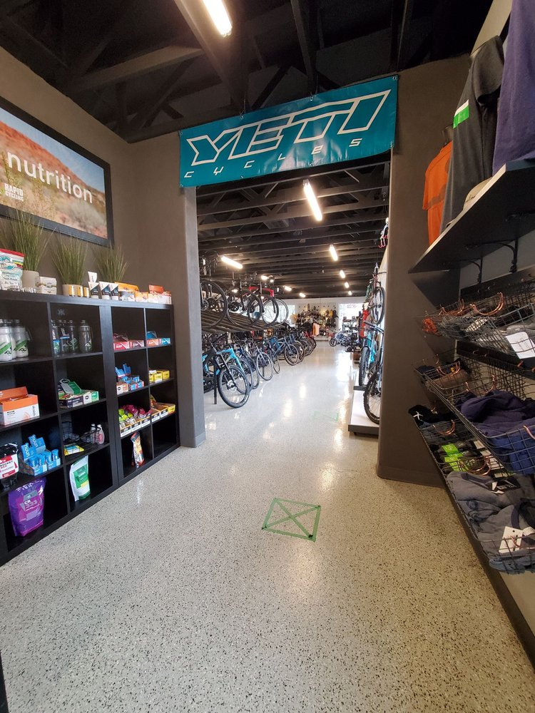 Picture of the inside store of Rapid Cycling